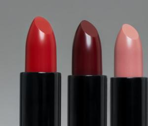 Ecru velvet lipstick