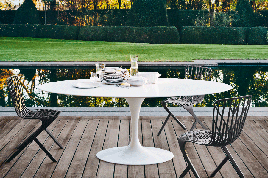 SAARINEN-OUTDOOR DINING TABLE